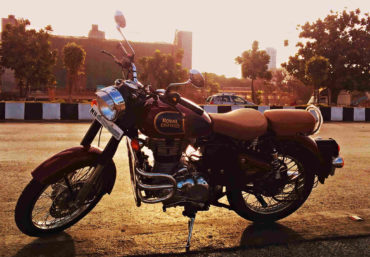 Royal Enfield Classic 350 Review & Price | Thats My Top 10