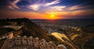 Must visit Places to visit in jaipur | Jaigarh Fort